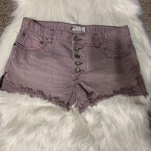 Free people button fly distressed shorts size 27